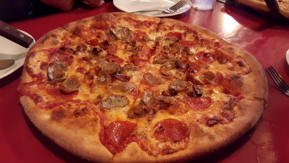 The Tomato Cafe Fishkill Pizza Con Carne