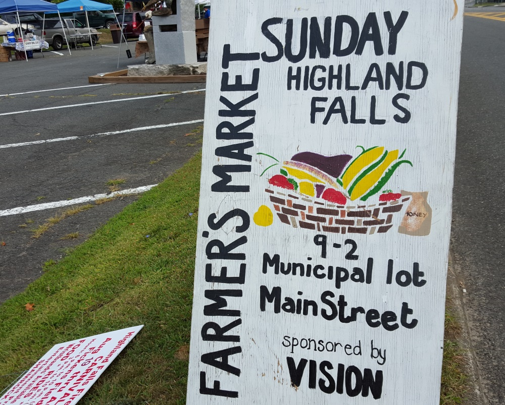 highlan Falls Farmers Market Sign