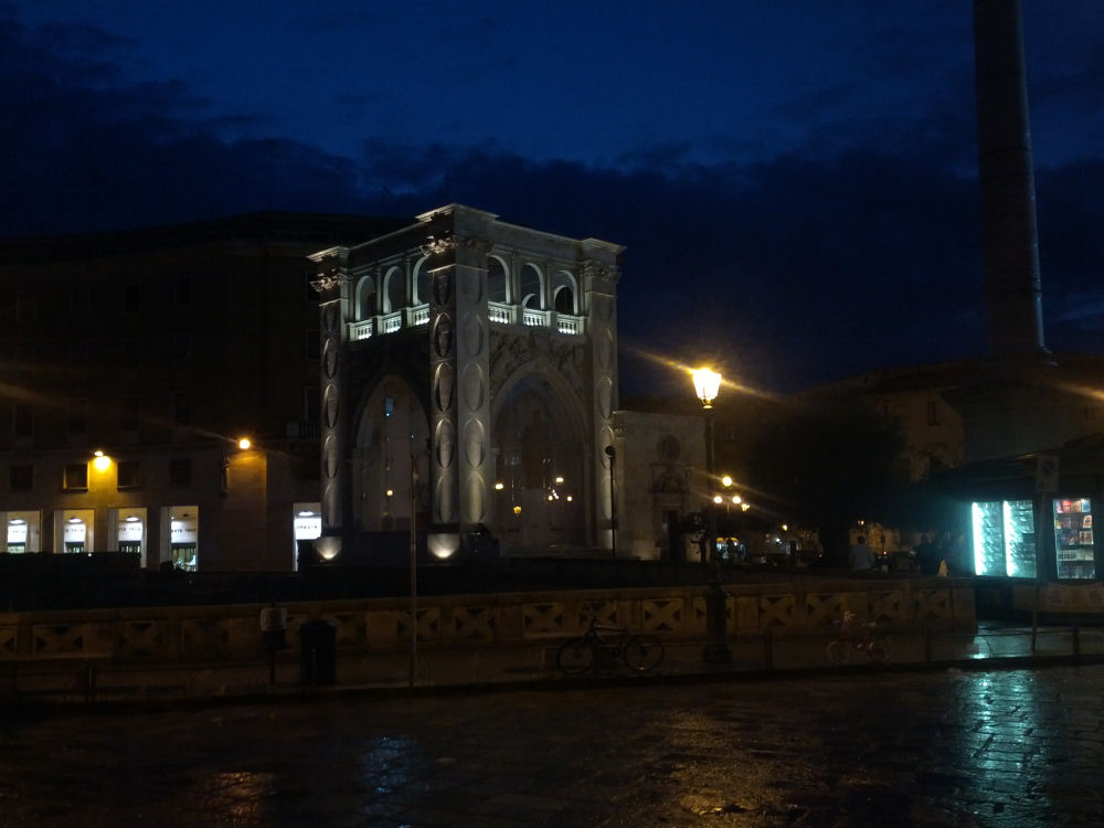 Lecce at Night 1000