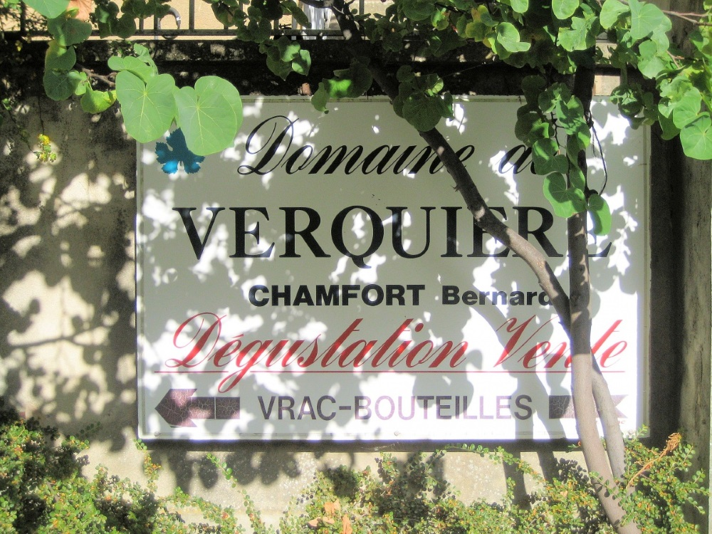 Provence-Sablet-Wineries1