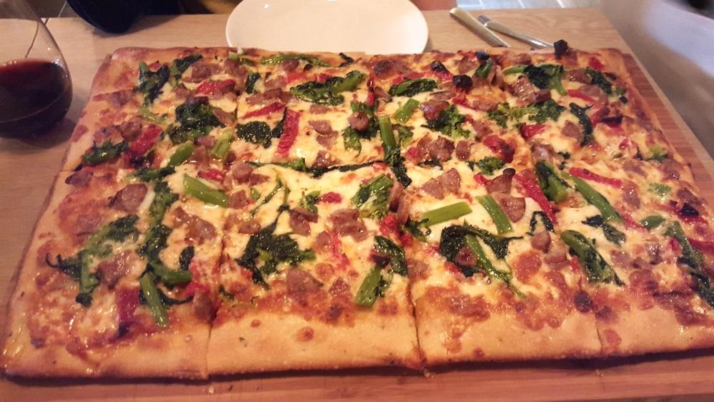 Grano Focaceria Mastroantonio Sweet Fennel Sausag, Broccoli Rabe, Sundried Tomatoes Chili Flakes