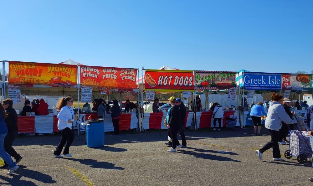 Stormville Flea Market Lots to Eat