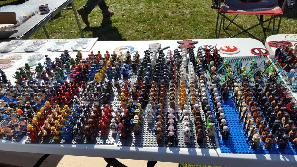 Stormville Flea Market Tiny Action Figures