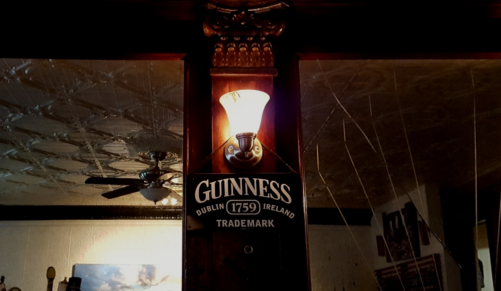 dougs-pretty-good-pub-cold-spring-ny-guiness-always-on-tap